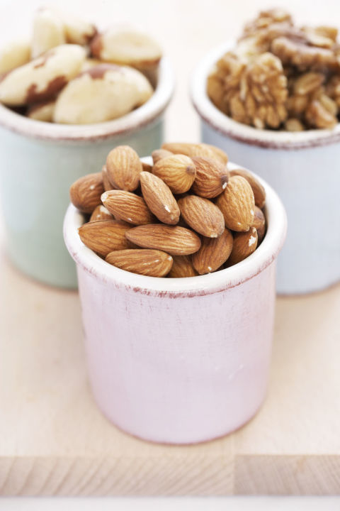 gallery-1426686054-almonds-and-nuts-de